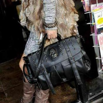 Fashionable Black Skull Handbag