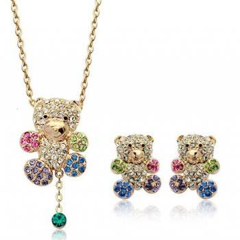 Lovely swarovski crystal teddy bear jewelry set on luulla for Jewelry stores in bear delaware